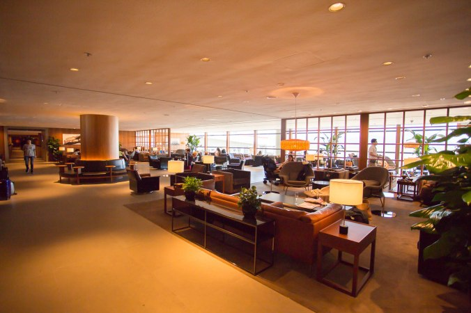 Cathay Pacific Pier Business Lounge