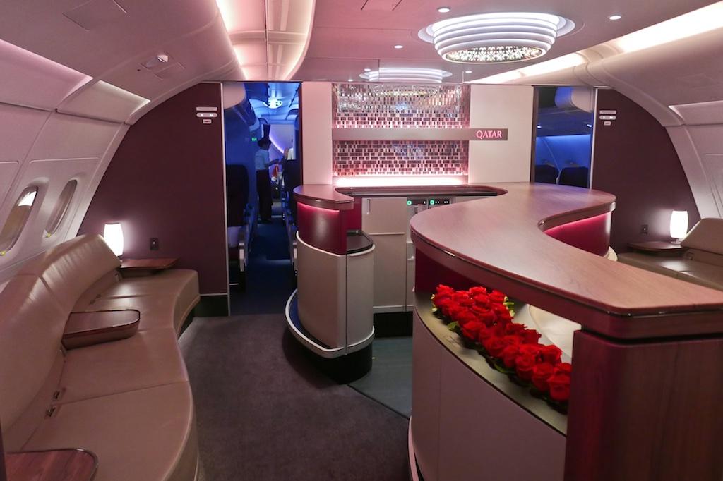 Qatar Airways A380 Inflight Bar Image - journestry.blogspot.com