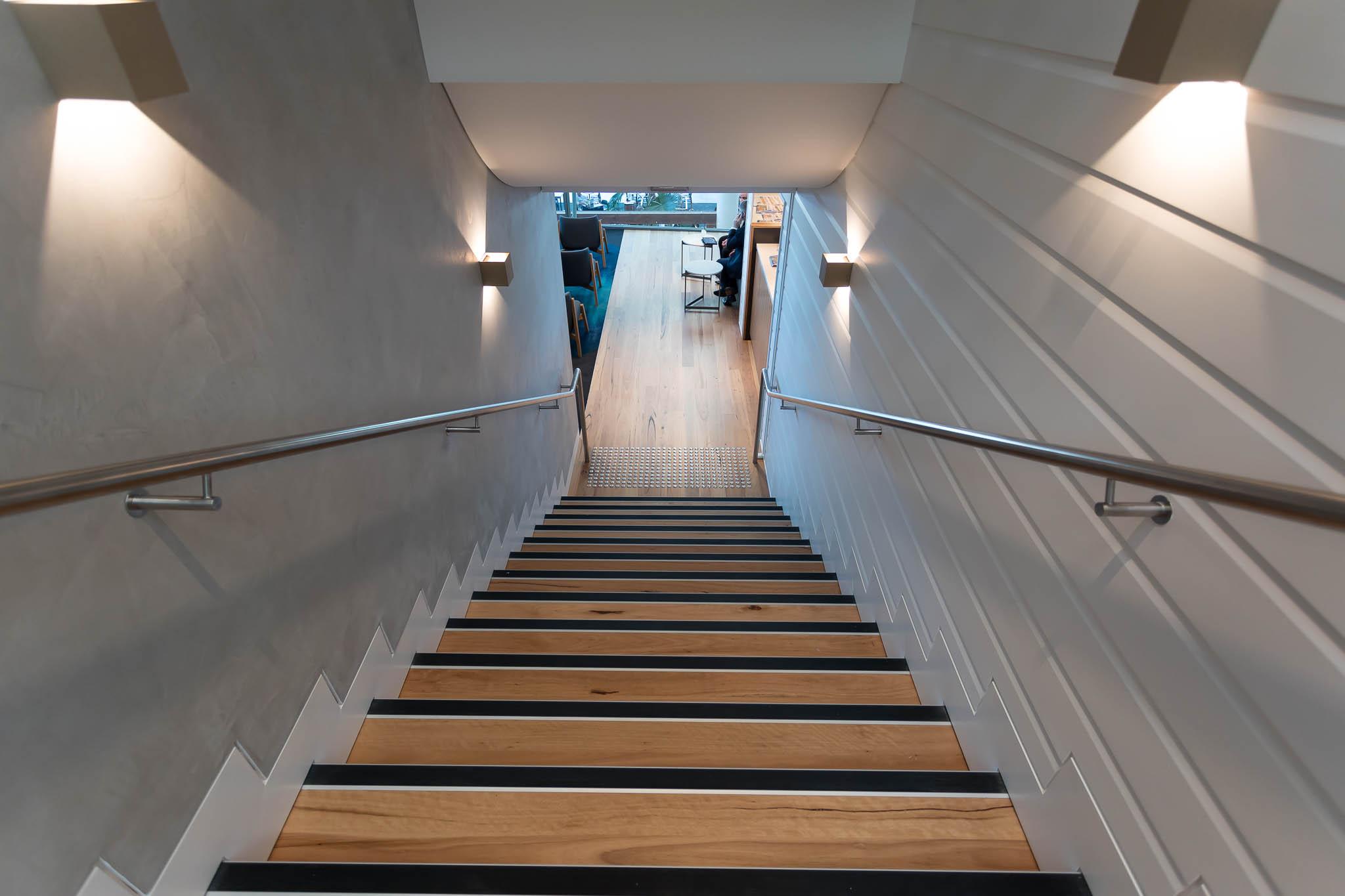 Qantas Brisbane International Lounge Stairs To Level 2