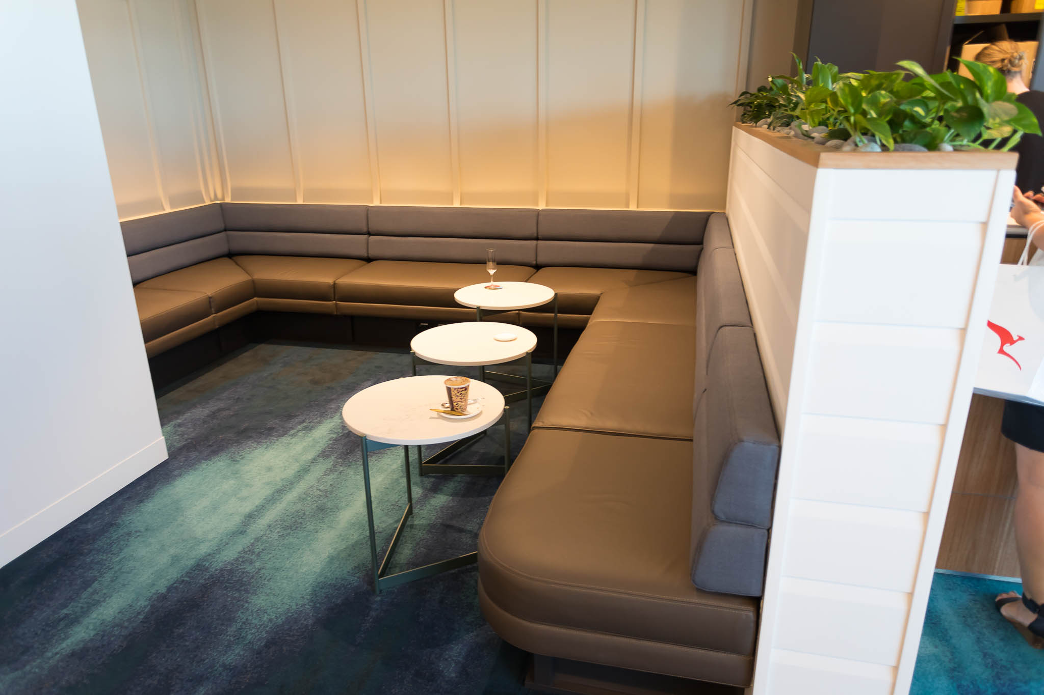 Qantas Brisbane International Lounge Seating