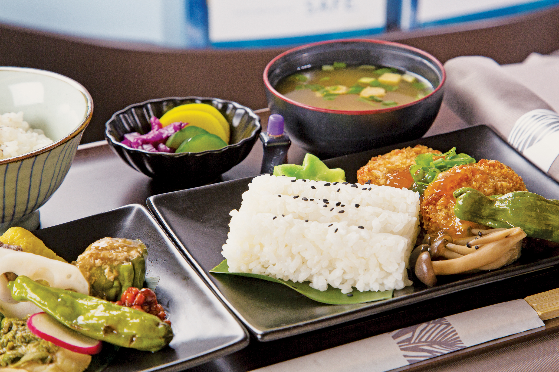 Hawaiian Airlines New Meal Service © Hawaiian Airlines