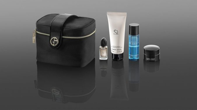 qatar-airways-amenity-kit-2-916x515