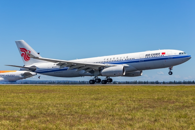 Air China A330-200 Landing Into Sydney © Bernard Proctor