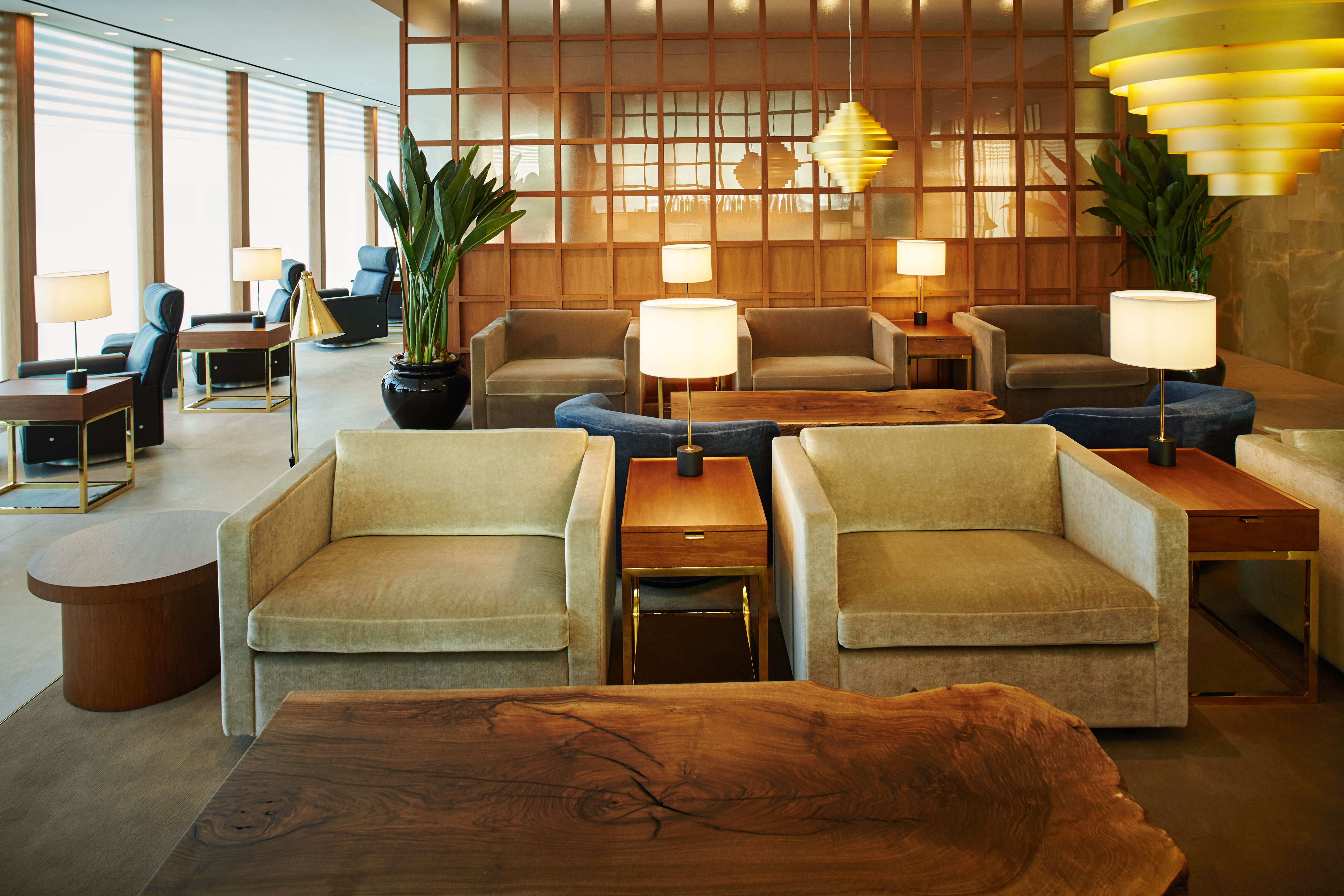 cathay-pacific-heathrow-lounge-image-2