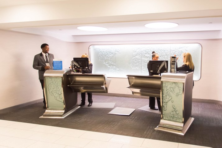 American Airlines LAX Flagship Check-in